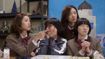 Episodio 3 (TTemporada 1) de Schoolgirl Detectives