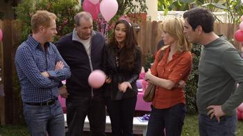 Episodio 15 (T2) de Modern Family